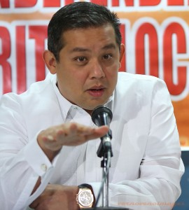 "P501-B lump sum outlays questioned •	August 11, 2014 •	Written by Jester P. Manalastas •	Published in Top Stories THE House Independent Minority bloc led by Leyte Rep. Ferdinand Martin Romualdez has expressed strong opposition to the P501-billion lump sum appropriations or the Special Purpose Fund (SPF) for 2015.   In a statement, Romualdez said the lump sum funds under the proposed 2015 national budget does not give full details or information  of allocation which may open to question the administration's transparency.      ""That amount is very huge and a Congress championing transparency and accountability that this administration has been bragging about should bar such appropriation because it does not provide the full details as to where the funds will be spent,"" Romualdez stressed.      The independent minority group has spearheaded a two-day briefing on the P2.606 trillion General Appropriations Bill.       Yesterday, former National Treasurer Professor Leonor Briones presented to the group her review and assessment of the national budget where she questioned the hundreds of billions of pesos of lump sum funds. Today, former Budget Secretary Benjamin Diokno will conclude the briefing by presenting his own views and personal observations based on the presentations made by Secretary Florencio ""Butch"" Abad in the House of Representatives last week.      According to Romualdez,  the review is aimed at providing House members with deeper knowledge and understanding of the national budget.      ""With the review, we in the bloc will see to it that the unconstitutional Disbursement Acceleration Program (DAP) and the Priority Development Assistance Fund (PDAF) will not be recycled or incorporated in any manner whatsoever in the P501-billion Special Purpose Fund,"" Romualdez said.      ""We will also help ensure that there will be no hidden items or expenditures in the budget,"" he added.      He also reiterated the bloc's call for line item budgeting as he assured the public that the bloc will scrutinize the proposed national budget down to the last centavo in all the deliberations it will go through."