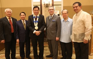 "PHILCONSA 53RD ANNIVERSARY --- Guest of Honor and Speaker Supreme Court Associate Justice (Ret) Adolfo Ascuna (3rd left) is welcomed by from right Philconsa President and Leyte (1st Dist) Rep.Ferdinand Martin ""FM"" Romualdez, Ret. Justice Bernanrdo Pardo, US Embassy Political Councelor Matthew Cenzer, Philconsa Chairman and CEO Manuel Lazaro, and former Manila Mayor Alfredo Lim during the 53rd Anniversary Celebration of the Philippine Constitution Association at the Manila Hotel.photo by Ver Noveno"