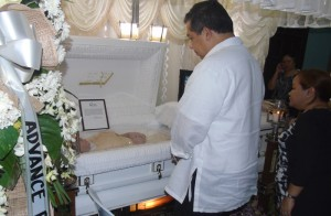 "Leyte (1st Dist) Rep.Ferdinand Martin ""FM"" Romualdez visited the wake of Kristel Mae Padasas in Taguig City,he also gave financial assistance to the family.Padasas died last Saturday after the Mass of Pope Francis in Tacloban City when a scafold fell on her due to typhoon Amang.photo by Rose Marie Santiago."