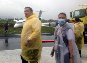 "Romualdez extends aid to passengers in Tacloban plane accident •January 18, 2015 •Written by Ryan Ponce Pacpaco •Published in Top Stories •0comments TACLOBAN City -- Despite political differences, Leyte Rep. Ferdinand Martin Romualdez immediately checked on the condition of President Benigno ""Noynoy"" Aquino III's Cabinet members and top officials who were among the 15 passengers and crew of Global Express plane that skidded off the wet runway at the Daniel Z. Romualdez Airport in Tacloban City on Saturday.      Dr. Wilfredo Liao, director of the Remedios Trinidad RomualdezMedical Foundation and the fficial hospital during the Pope Francis visit here last Saturday, said Romualdez requested him to treat the plane's seven passengers who sustained minor injuries and trauma because of the accident.      ""It was a good gesture on the part of Congressman Romualdez who arrived first in the scene, knowing he is an opposition leader and a vocal constructive critic of the Aquino government,"" Liao said in an interview.      ""He even visited the patients last night (Saturday) to ensure that all of them are treated well and safe from any danger.  All patients were thankful for the treatment and concern extended to them by Congressman Romualdez,"" said Liao, adding that six patients were discharged Sunday morning after being confined overnight.       Rachel Rodeles-Santiago, chief-of-staff of Romualdez, said Dra. Paula Sydiongco, assistant regional director of the Department of Health, expressed gratitude to Romualdez for immediately responding to the scene and alerted the hospital to send ambulances at the airport.      Romualdez is among the country's top opposition leaders who has been consistently receiving criticisms from the President along with his two first cousins, Senator Ferdinand ""Bongbong"" Marcos and Tacloban City Mayor Alfred Romualdez.      Rep. Romualdez was also seen at the airport talking to Executive Sec. Paquito Ochoa and Communications Sec. Herminio Coloma Jr., two of the five prominent passengers of the plane, to check on their condition.       Other top officials in the plane were Malabon City Rep. Josephine Veronique Lacson-Noel, Undersecretary Emmanuel Bautista and Undersecretary Felizardo Serapio.      Rodeles-Santiango said those who were confined at the hospital were pilot Joseph Manigas, co-pilot Vicente Abaygar, Presidential Security Group  member Oliver Veslino, flight engineer Rafael Caro, assistant flight engineer Elmer Suba, Julbani Asdani, and Ochoa's senior staffer Katherine Andraneda.      The Bombadier Global Express skidded off the runway of Daniel Z. Romualdez Airport as it attempted to take off Saturday, an hour after the Philippine Airlines plane carrying Pope Francis and his delegation left for Manila.      Firetrucks were seen hosing down the downed plane as it lies on the grassy area off the runway."